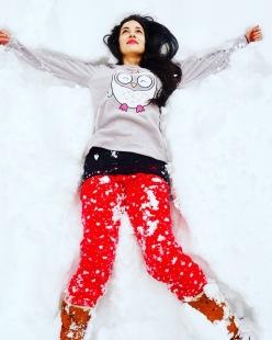 In pigiama sulla neve