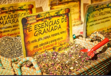 granada-herbs-and-tea-shop-granada-spain-H96YGP
