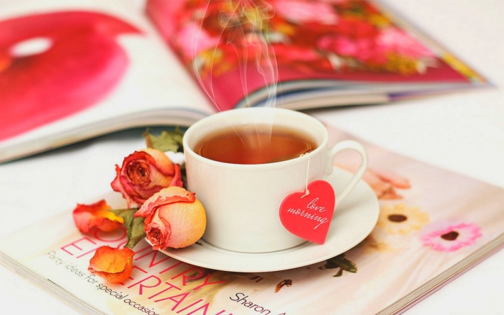 Hot-tea-and-roses-buona-mattina-wallpaper.jpg